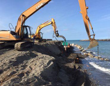 Realizzazione di palancolata metallica in sx idraulica della foce del fiume Cecina - Vanni Pierino - Pisa e Livorno